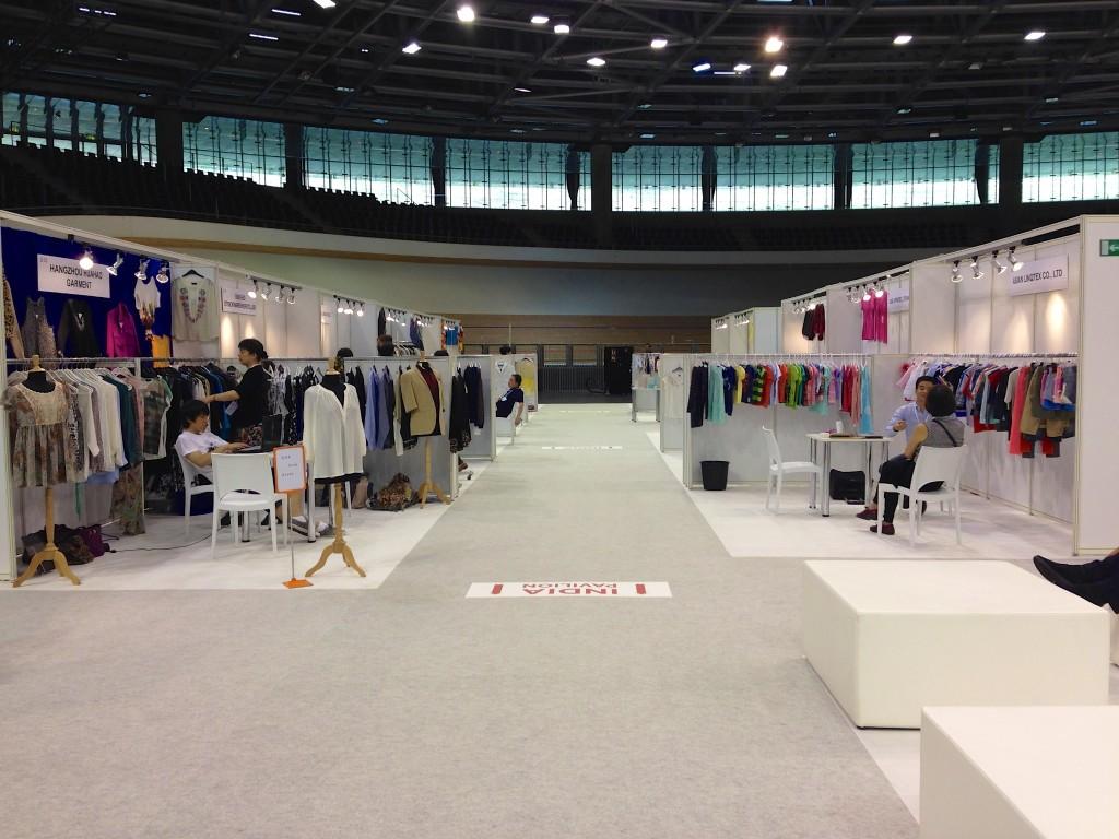 Lost in White Label | Raphael Breyer | Fashion Week 2014 | Foto: Raphael Breyer | GROSSARTIG