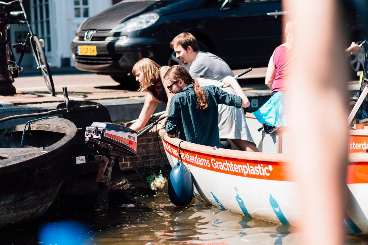 ECOVER | Plastic Fishing in Amsterdam | Plastic Whale | Het Grachtenhuis | Foto: Franzi Schädel | GROSS∆RTIG