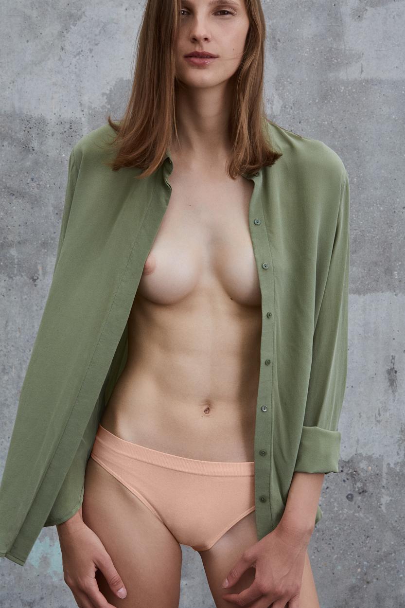 pré | Sustainable Fashion | Foto: Stini R. / Retouch: Filiz Dubois | GROSS∆RTIG